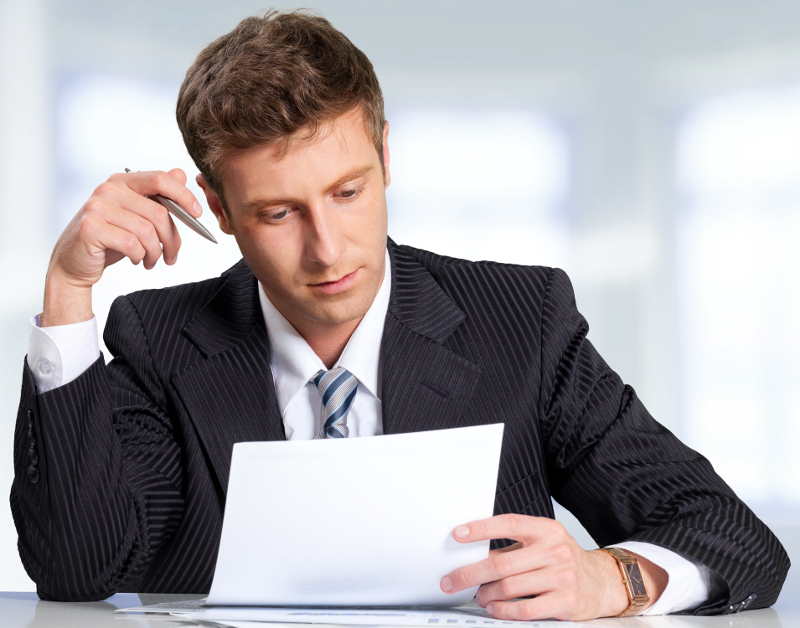 CEO-reading-sales-letter