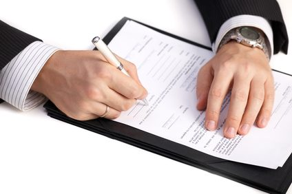 signing-a-business-proposal